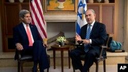 Državni sekretar Džon Keri i izraelski premijer Benjamin Netanjahu na sastanku u Jerusalimu, 6. novembar, 2013.