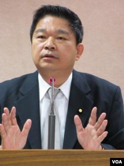民进党立委 蔡煌琅( 美国之音 张永泰拍摄)
