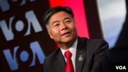美国民主党籍联邦众议员刘云平