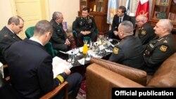 Nəcməddin Sadıkov və Qadi Ayzenkot