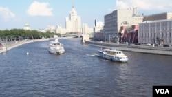 俄罗斯开始对中国失望?莫斯科河。(美国之音白桦拍摄)
