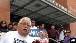 U Feniksu u Arizoni godinama se održavaju protesti aktivista za prava imigranata.