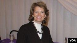 La senadora Murkowski consiguió defender con éxito su banca por unos 10.000 votos de diferencia.