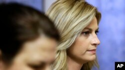 Sportscaster and television host Erin Andrews walks to the courtroom, March 4, 2016, in Nashville, Tenn.