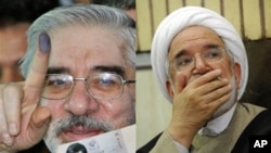 Mir Hossein Mousavi (left) and Mehdi Karroubi