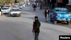 یو چارواکي ویلي په فراه کې د امنیتي ځواکونو د کمي په وجه طالبان په پرمختگ کې کامیاب شوې دي