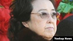 김정은 북한 국방위원회 제1위원장의 고모인 김경희 당 비서. (자료사진)