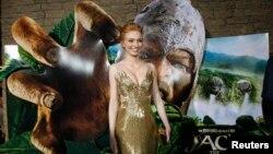"""Aktris Eleanor Tomlinson yang memerankan putri pemberani Isabelle dalam film """"Jack the Giant Slayer"""". (Reuters/Mario Anzuoni)"""