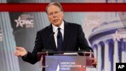 웨인 라피에르 전미총기협회(NRA) 부회장 겸 최고경영자(CEO)가 지난 22일 메릴랜드주에서 열린 '보수정치행동회의(CPAC)' 행사에서 연설하고 있다.