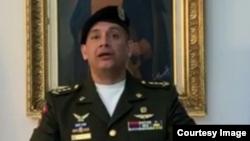 유엔 주재 베네수엘라 무관인 페드로 리치노스 대령.