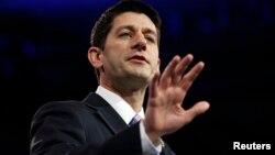 """Paul Ryan también acusó a Barack Obama de ejercer una presidencia """"cada vez más ilícita""""."""