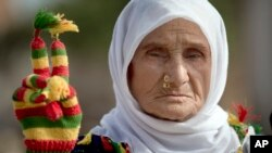 Dayikeke Aştî li ser sînor piştgirî dide Kurdên Kobanê Mijdar 3, 2014