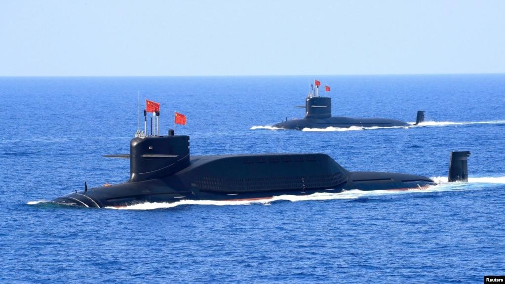 Tư liệu- Một tàu ngầm Type 094A lớp Jin trang bị tên lửa đạn đạo của Quân Giải phóng Nhân dân Trung Quốc ttpmh một cuộc phô trương lực lượng ở Biển Đông, ngày 12/4/2018.