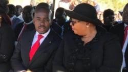 Badlana Ingqondo Ngokuxotshwa Kwamakhansila