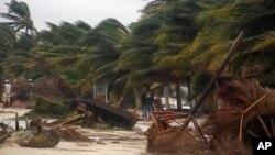 La tormenta tropical Ernesto, que en determinado momento fue un huracán, dejó huellas en su paso por México.