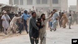 اسلام اباد ته نژدې پولیسو د افغان مهاجرینو کمپ وران کړ