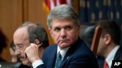 资料照:共和党联邦议员麦克尔·麦考尔(Rep. Michael McCaul, R-TX)2019年10月23日出席众议院外交事务委员会听证会。