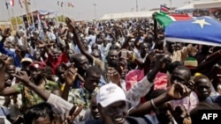 Người dân ở miền Nam Sudan ăn mừng kết quả của cuộc trưng cầu dân ý ở Juba, ngày 30/1/2011