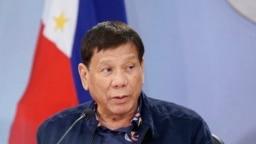 Presiden Filipina Rodrigo Duterte hadir dalam sebuah acara di Istana Kepresidenan Malacanang di Manila pada 24 Agustus 2021. (Foto: Malacanang Presidential Photographers Division via AP/King Rodriguez)