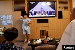 ოლიმპიადის გახსნას იაპონელებმაც ტელევიზორით უყურეს