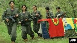 Жінки-бойовики Робітничої партії Курдистану