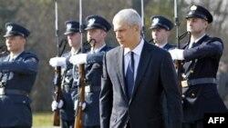 Tadiç kërkon ndjesë për viktimat e masakrës së Vukovarit
