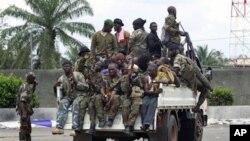 Πολιορκημένος ο Λωράν Γκμπαγκμπό στην Ακτή του Ελεφαντοστού