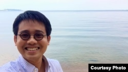Thai pro-democracy activist Wanchalearm Satsaksit who took refuge in Cambodia was seen abducted by armed men in Phnom Penh Thursday, June 04, 2020. (Courtesy of Wanchalearm Satsaksit/Facebook)