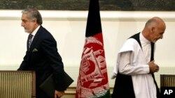 شماری از سران جهادی نیز از پیشبرد سری مذاکرات صلح انتقاد کرده اند
