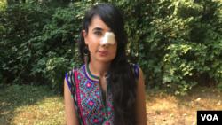 Perempuan Afghanistan korban kekerasan dalam rumah tangga, kini tinggal di Kanada. (Foto: VOA)