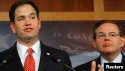 Marco Rubio y Bob Menéndez, dos de los senadores que siguen muy de cerca la situación en Venezuela.