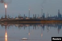 委內瑞拉國家石油公司(PDVSA)的煉油廠(2016年11月17日)