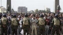 پلیس مصر در صدد برآمد مخالفان و موافقان را از هم جدا کند