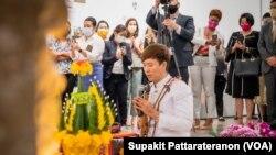 พิธีลงนามส่งมอบทับหลังปราสาทหนองหงส์และทับหลังปราสาทเขาโล้นคืนให้แก่รัฐบาลไทย