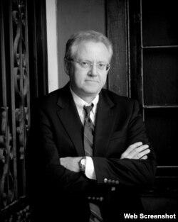 Prof. Thomas Hethmon
