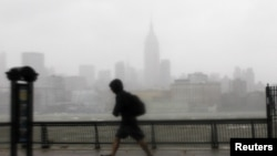 Hurricane Sandy Heads Toward East Coast of U.S.