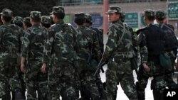 中國當局派出大批軍警到新疆地區維穩(資料圖片)