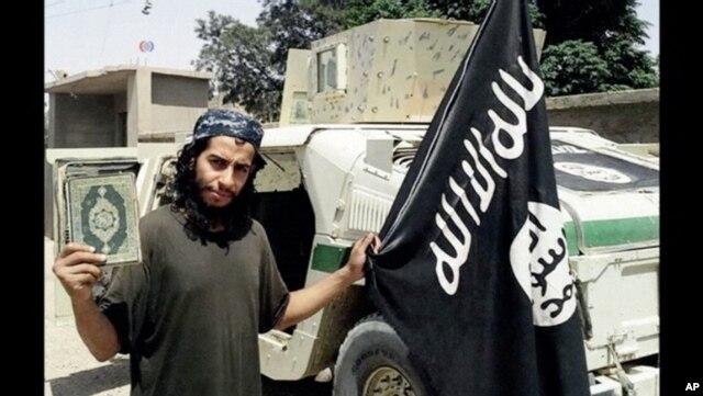 Các giới chức Pháp cho biết xác định kẻ chủ mưu vụ tấn công khủng bố ở Paris là Abdelhamid Abaaoud, công dân Bỉ gốc Ma Rốc
