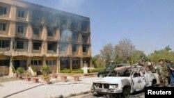17일 정부 군과 반군 간의 충돌이 일어난 시리아 알레포 알자흐라의 과학 연구소 부근.