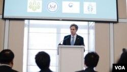 토니 블링큰 미 국무부 부장관이 지난 23일 뉴욕에서 열린 북한 관련 행사에서 기조연설을 하고 있다.