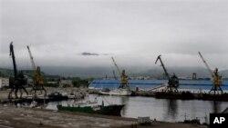 20일 북한 라선 지구에 건설 중인 라진 1부두와 2부두.