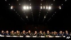 El jefe del Estado Mayor Conjunto, General Martin Dempsey y el jefe del Estado Mayor del Ejército, General Raymond Odierno, así como otros jefes militares comparecieron ante el Senado por la epidemia de abusos sexuales en las fuerzas armadas.