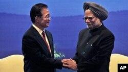 بھارتی وزیر اعظم من موہن سنگھ اور چین کے وزیر اعظم وین جیاپاؤ