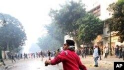مصر: مظاہرین اور سیکیورٹی فورسز میں جھڑپیں