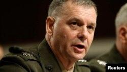 Tướng Thủy quân Lục chiến hồi hưu James Cartwright
