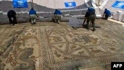 Arheolozi u Izraelu rade na očuvanju nedavno otkrivene crkve sa podom u mozaiku