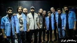 یراحی که خود عرب اهوازی است، هفته پیش در کنسرت خود با لباس کارگران معترض حاضر شد.