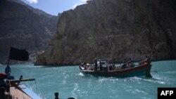 وزیرِ اعظم عمران خان کا کہنا ہے کہ پاکستان وہ دھرتی ہے جس کی خاک میں قدرتی عجائب کا خزانہ پوشیدہ ہے۔