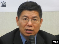 台灣大學公共衛生學院副院長詹長權(美國之音張永泰拍攝)