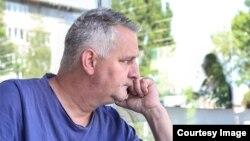 """Zadruga """"Prva Boračka Plodovi Bosne"""" je osnovana prema ideji Zlatana Kovačića Foksa s ciljem da se na taj način pomogne zapošljavanje bivših boraca. On sada razmišlja da je likvidira jer je u velikim obavezama. (Foto: CIN)"""